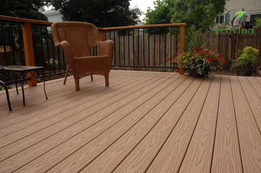 Thi công hàng rào gỗ nhựa composite như thế nào ?
