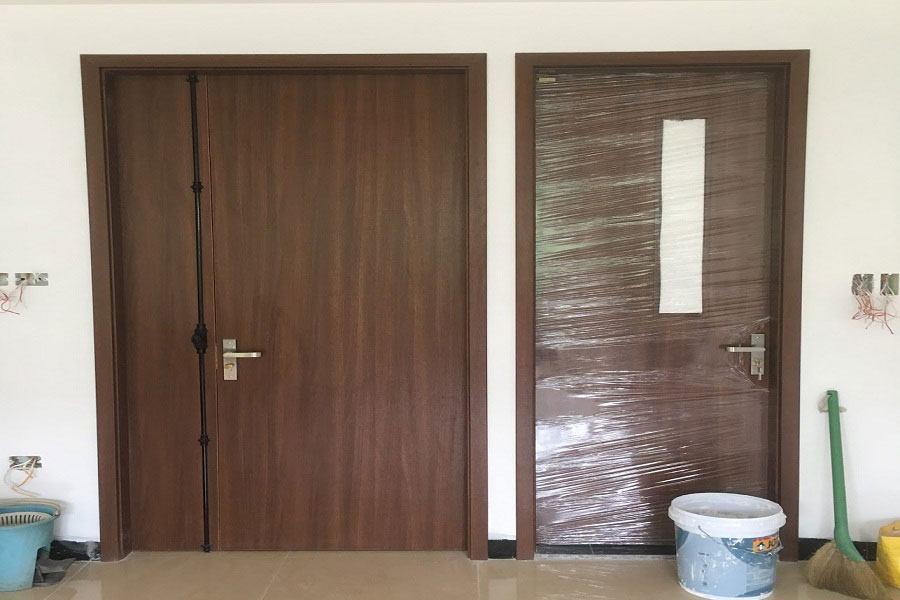 Quy trình lắp đặt cửa gỗ nhựa composite