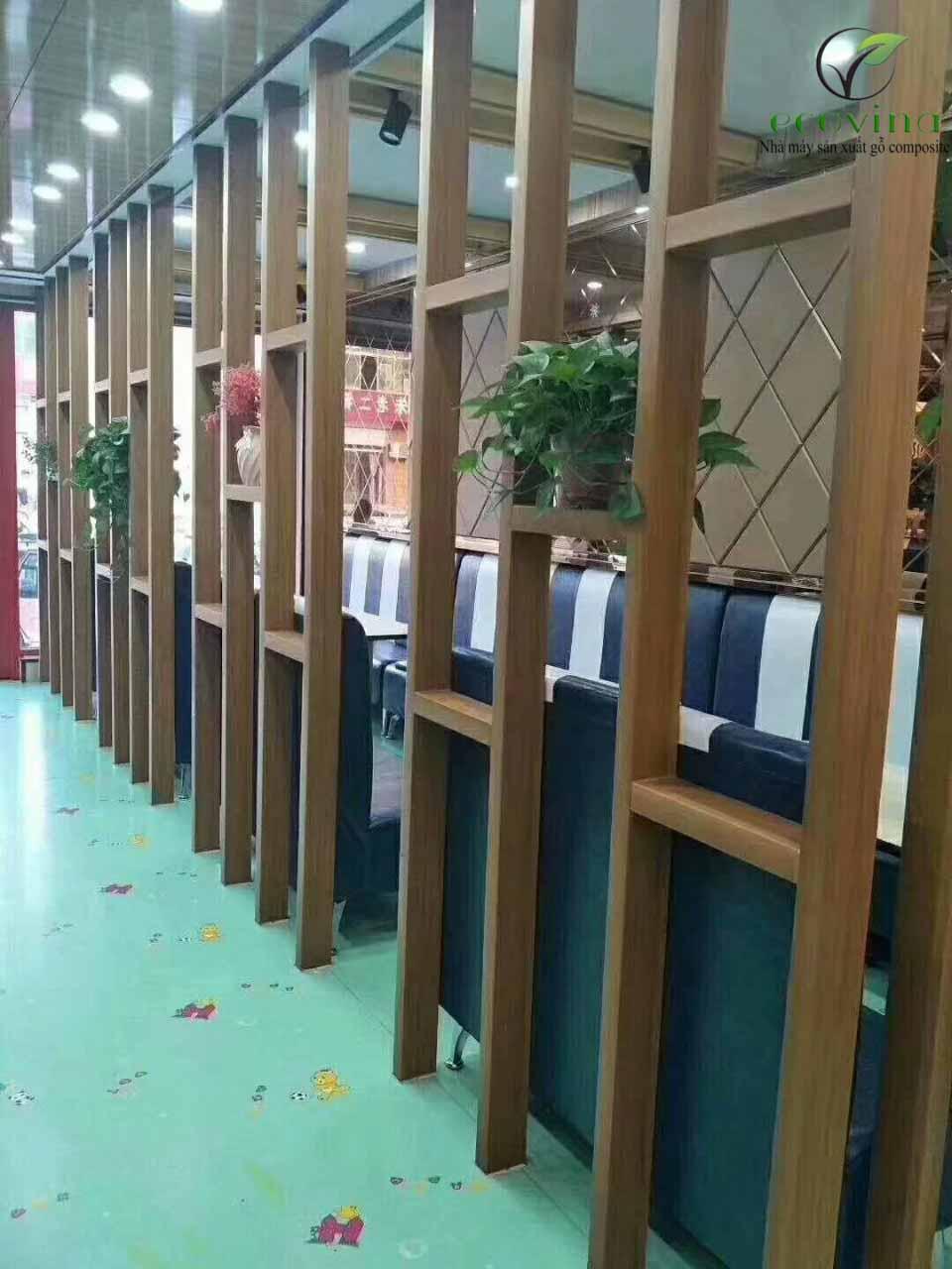 Vách ngăn nhựa composite thi công tại nhà hàng