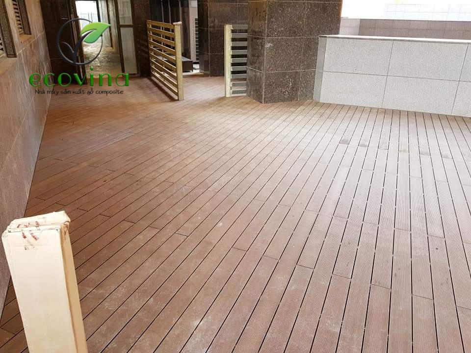 sàn gỗ nhựa ngoài trời hà nội được Ecovina thi công tại công viên Nghĩa Đô