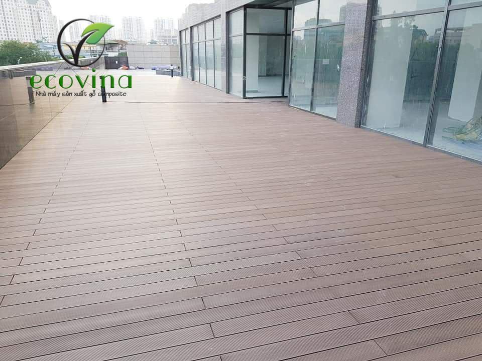 Thi công sàn gỗ nhựa composite tại khu đô thị Nghĩa Đô