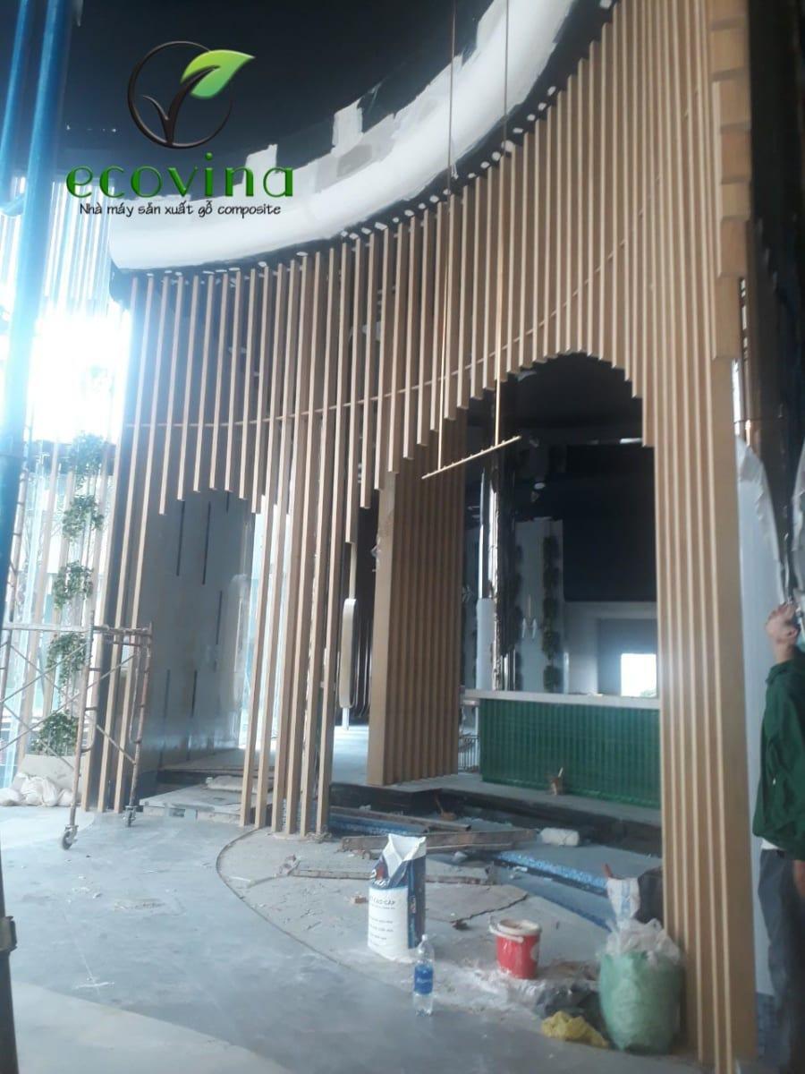 Công trình sử dụng gỗ nhựa ecovina sản xuất tại Việt Nam được đại lý thi công tại Quận 7, HCM