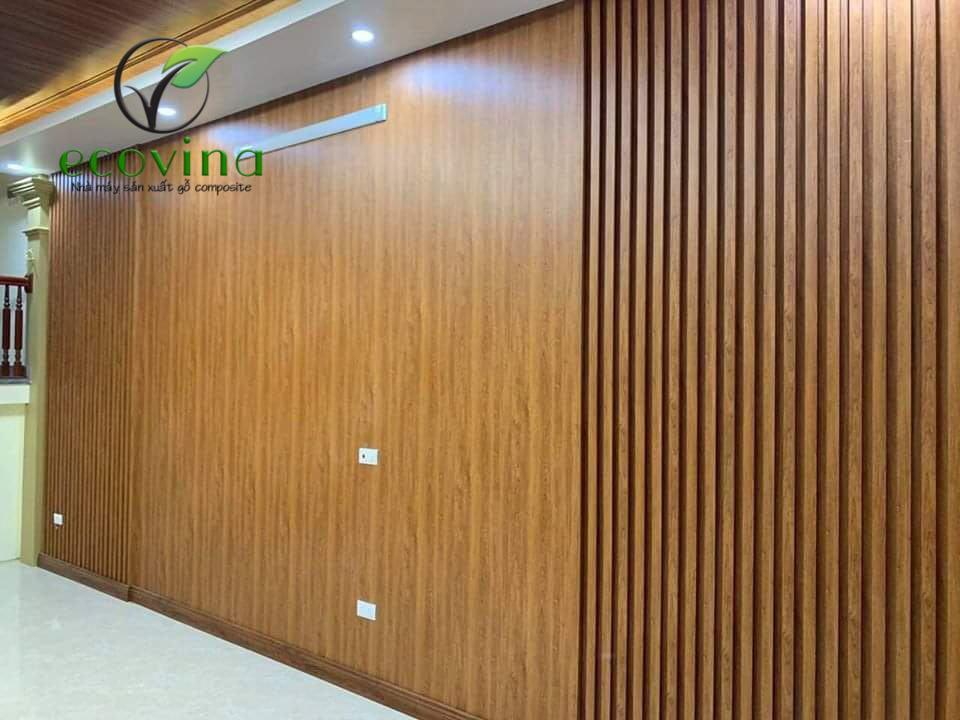 Mẫu tấm ốp gỗ nhựa trang trí tường phòng khách hiện đại và phong cách