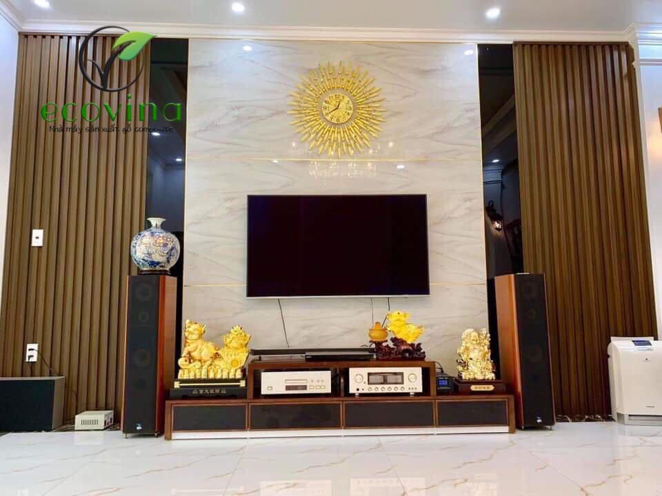 Một số mẫu phòng khách trang trí gỗ nhựa composite