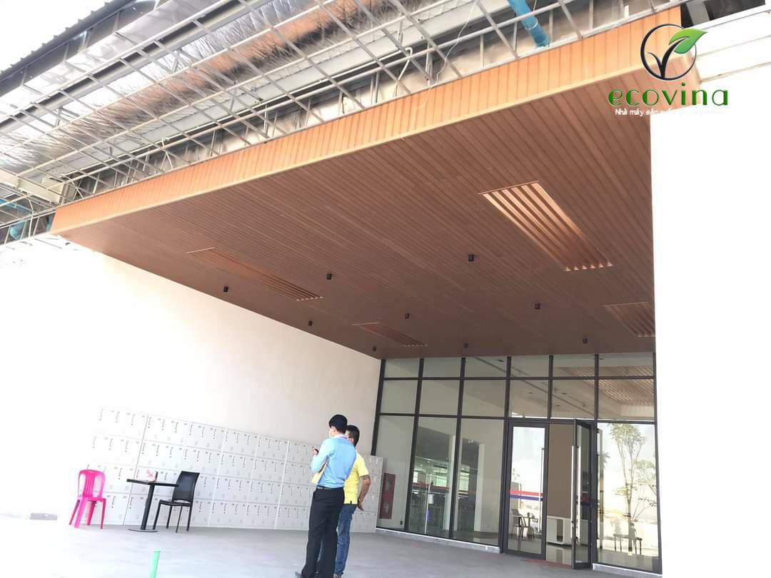 Thi công, cung cấp tấm ốp, thanh lam gỗ nhựa ốp tường tại Campuchia