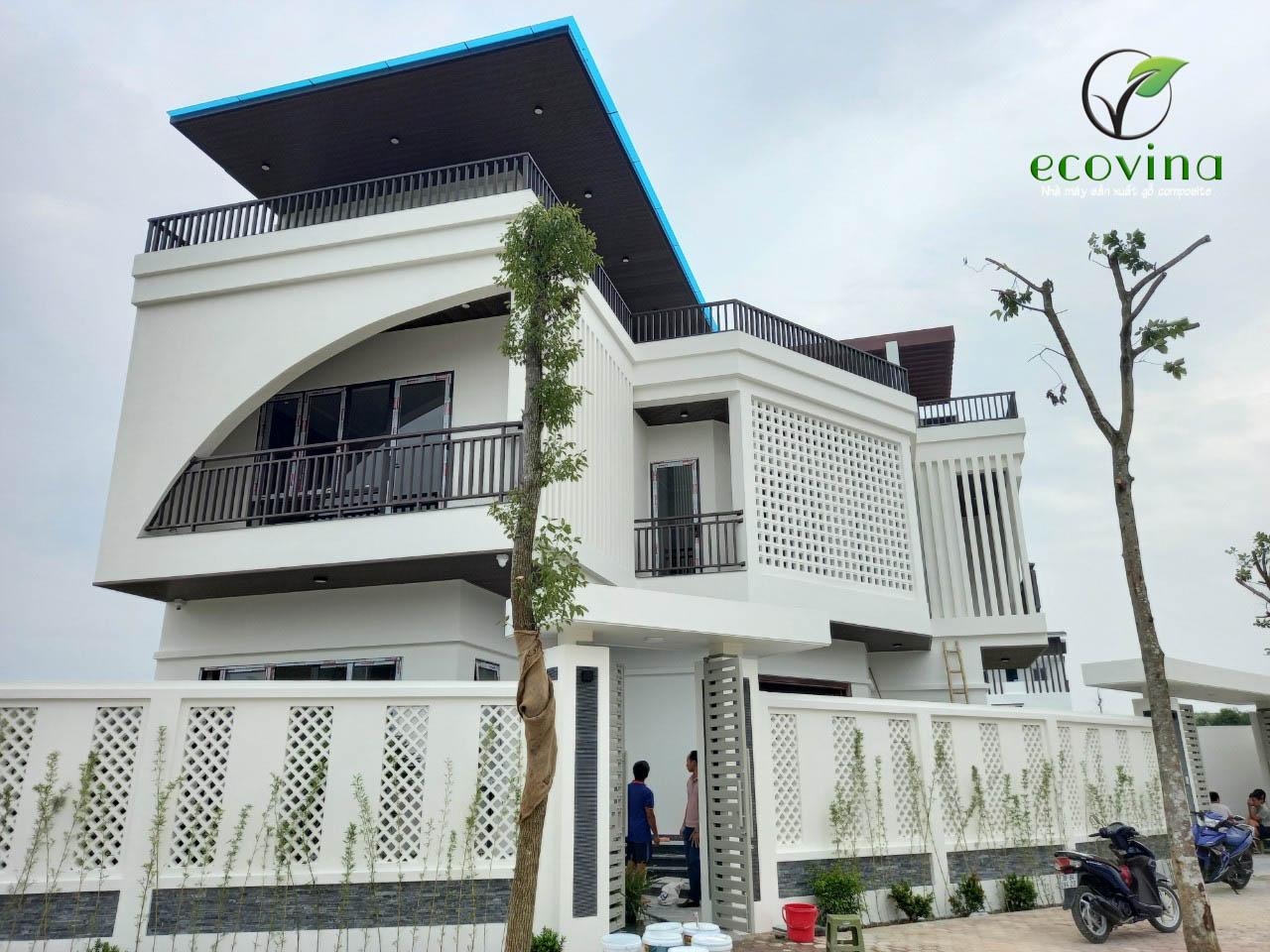 Thi công trần gỗ nhựa composite Ecovina tại Thanh Hóa